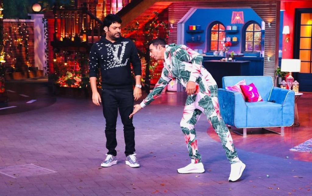 Kapil Sharma reveals Akshay Kumar 'touched his feet' for blessings; 'Bellbottom' star has the best comeback