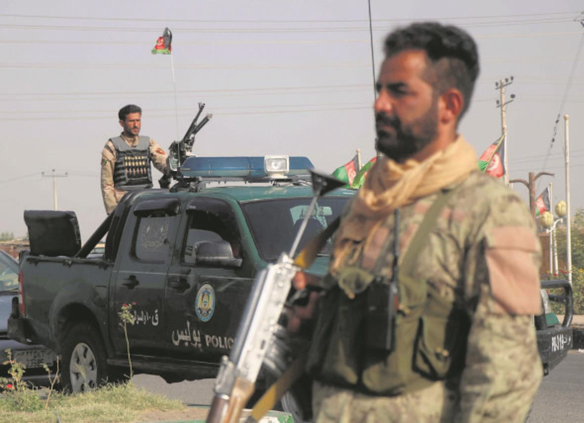 US report:  Afghan army beset with corruption, 'ghost soldiers'