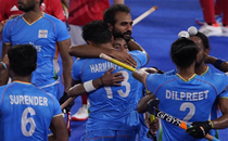 India's entry into Olympic semifinals after 49 years makes fans fall in love with hockey again