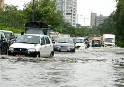 Heavy rain leads to waterlogging, traffic snarls at several places in Delhi
