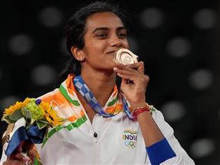 Tokyo Olympics: Sensational Sindhu wins badminton bronze for India