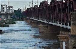 Water level in Yamuna rises again; over 100 families moved to safer areas