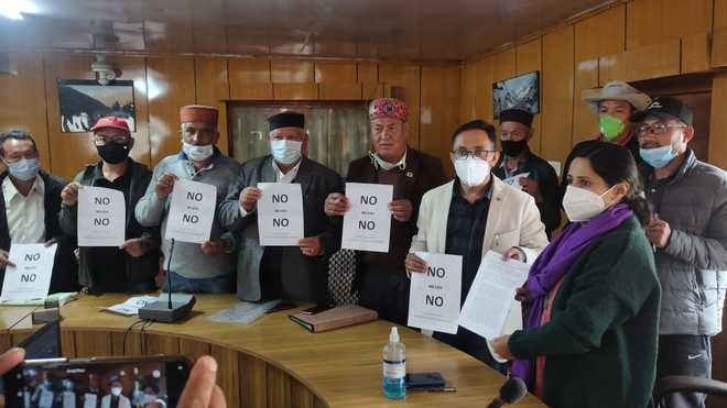 Lahaul residents oppose power projects on Chenab river basin