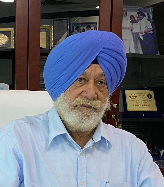 AAP 'eyes' Dubai bizman SPS Oberoi as Punjab CM face