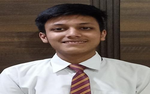 Shivam Gupta of Kundan Vidya Mandir tops CBSE Class X exams in Ludhiana district with 99.6% marks