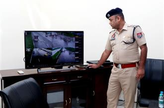 Number plate recognition device to keep eye on crime