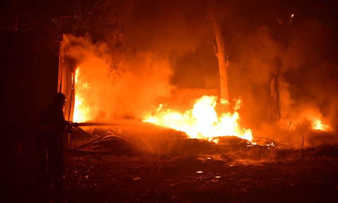 Four vehicles gutted in Kullu village