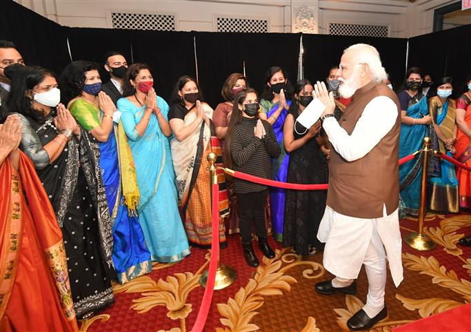 A warm welcome by diaspora for Modi as Indian PM lands in Washington
