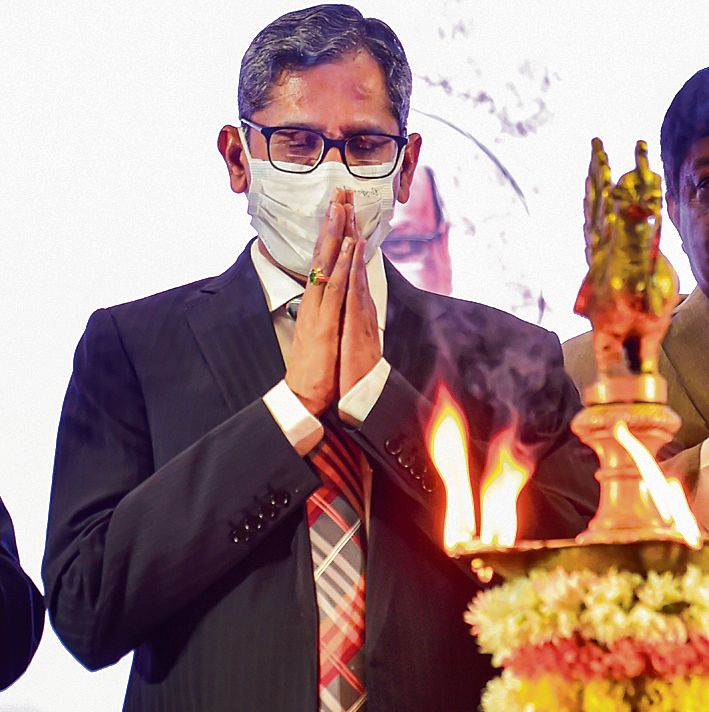 'Indianise' legal system to make justice delivery more effective: CJI