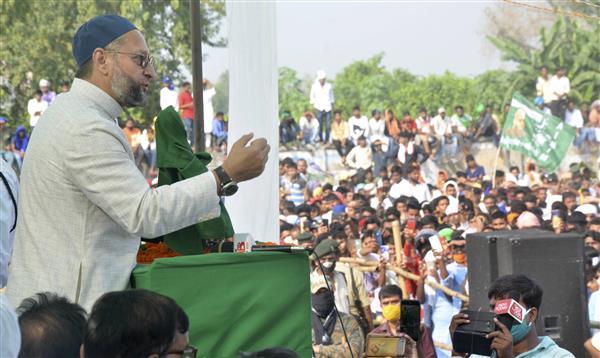 Battleground UP: After Adityanath's 'Abba jaan' jibe, Rakesh Tikait calls Owasi 'Chacha jaan', 'B team of BJP'