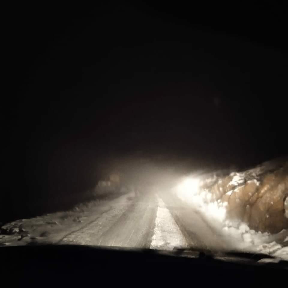 Manali-Leh highway closed after fresh snow at Baralacha pass in Lahaul-Spiti