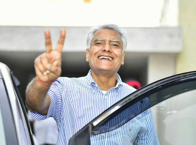 Sunil Jakhar frontrunner to replace Capt Amarinder Singh