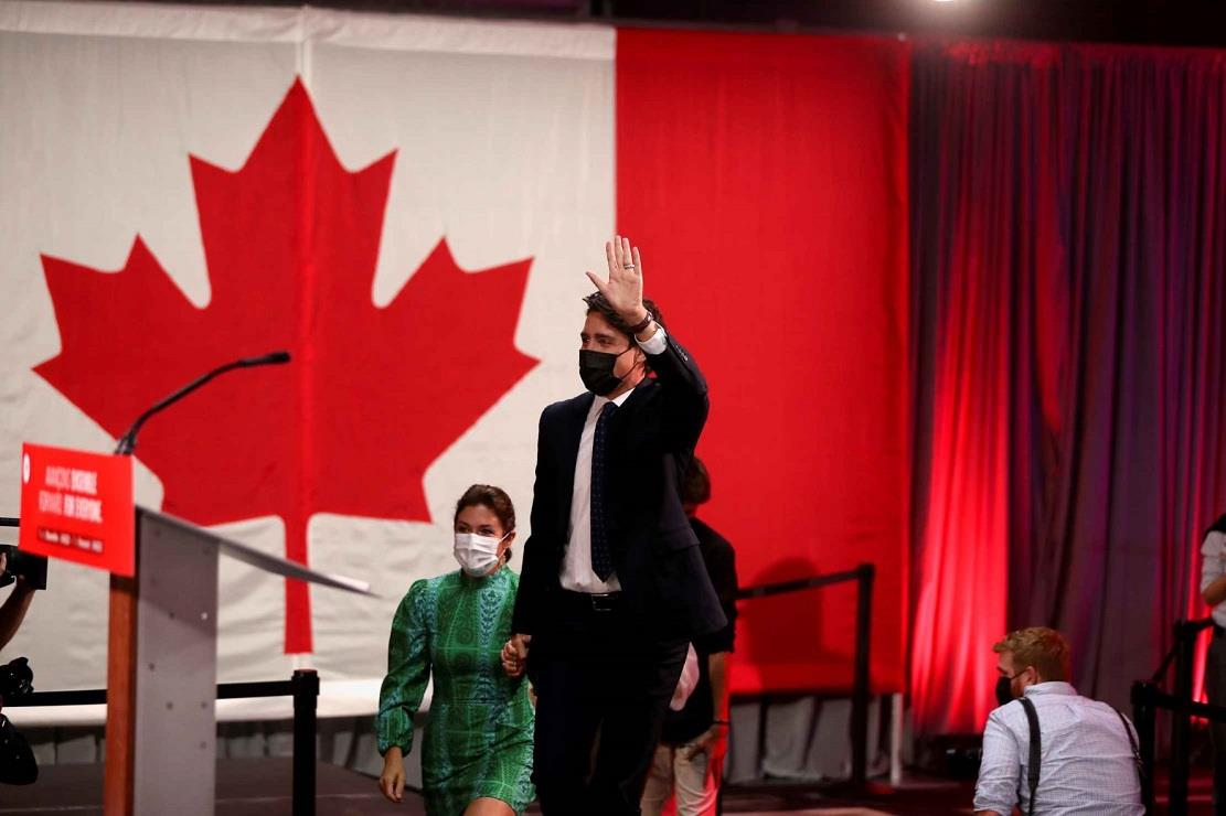 Trudeau's party wins Canada vote but fails to get majority