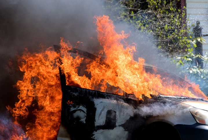 5 charred to death as car catches fire after colliding with bus in Jharkhand's Ramgarh
