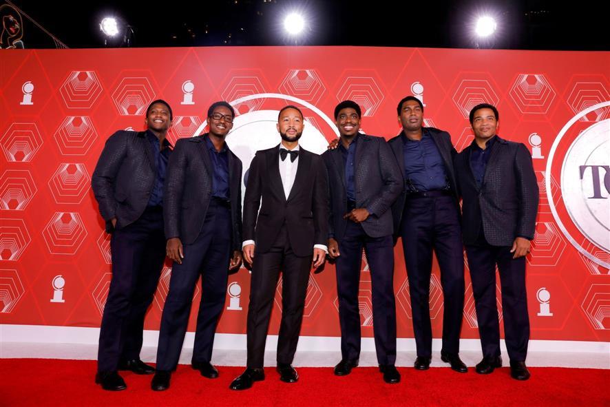 'मौलिन रूज!', 'द इनहेरिटेंस' ने सबसे बड़ा टोनी पुरस्कार जीता क्योंकि ब्रॉडवे ने अपना सर्वश्रेष्ठ प्रदर्शन किया