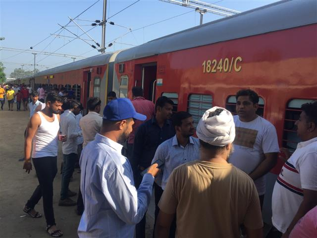 25 trains affected due to Bharat Bandh: Railways