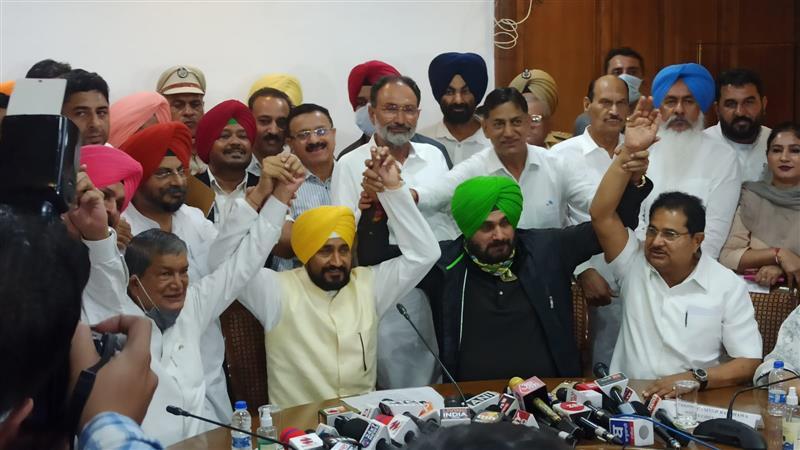 'I am aam aadmi..this is aam aadmi sarkar': Punjab CM Charanjit Channi's swipe at AAP