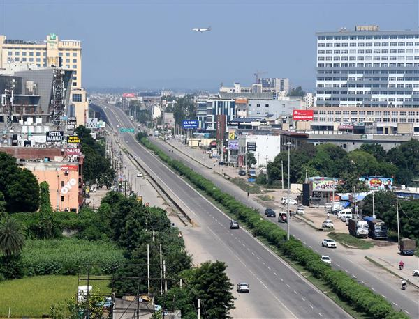 Bharat bandh: Mohali paralysed, commuters bear the brunt
