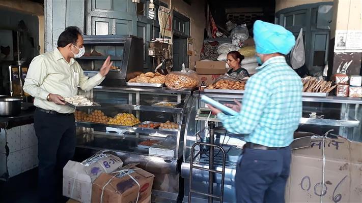 Gujarat, Kerala, Tamil Nadu lead food safety ranking; Himachal tops in region
