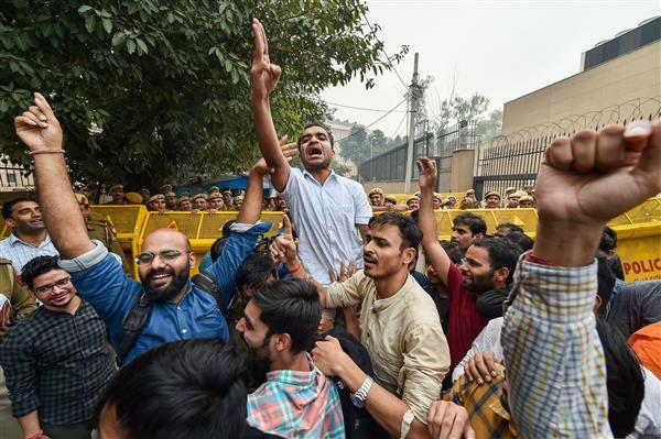 JNUSU members stage protest, demand reopening of varsity campus