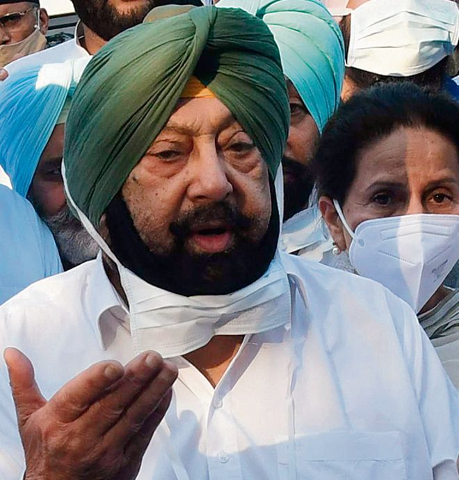 Post open defiance, party guarded over Capt Amarinder Singh's next move