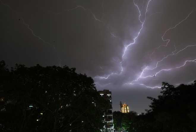 Lightning strikes house at Dhakoli