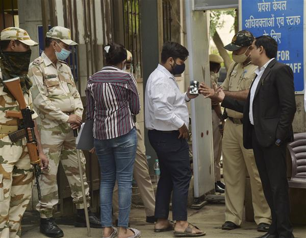 Delhi: Gangster Jitender Gogi killed inside Rohini courtroom cremated amid heavy security