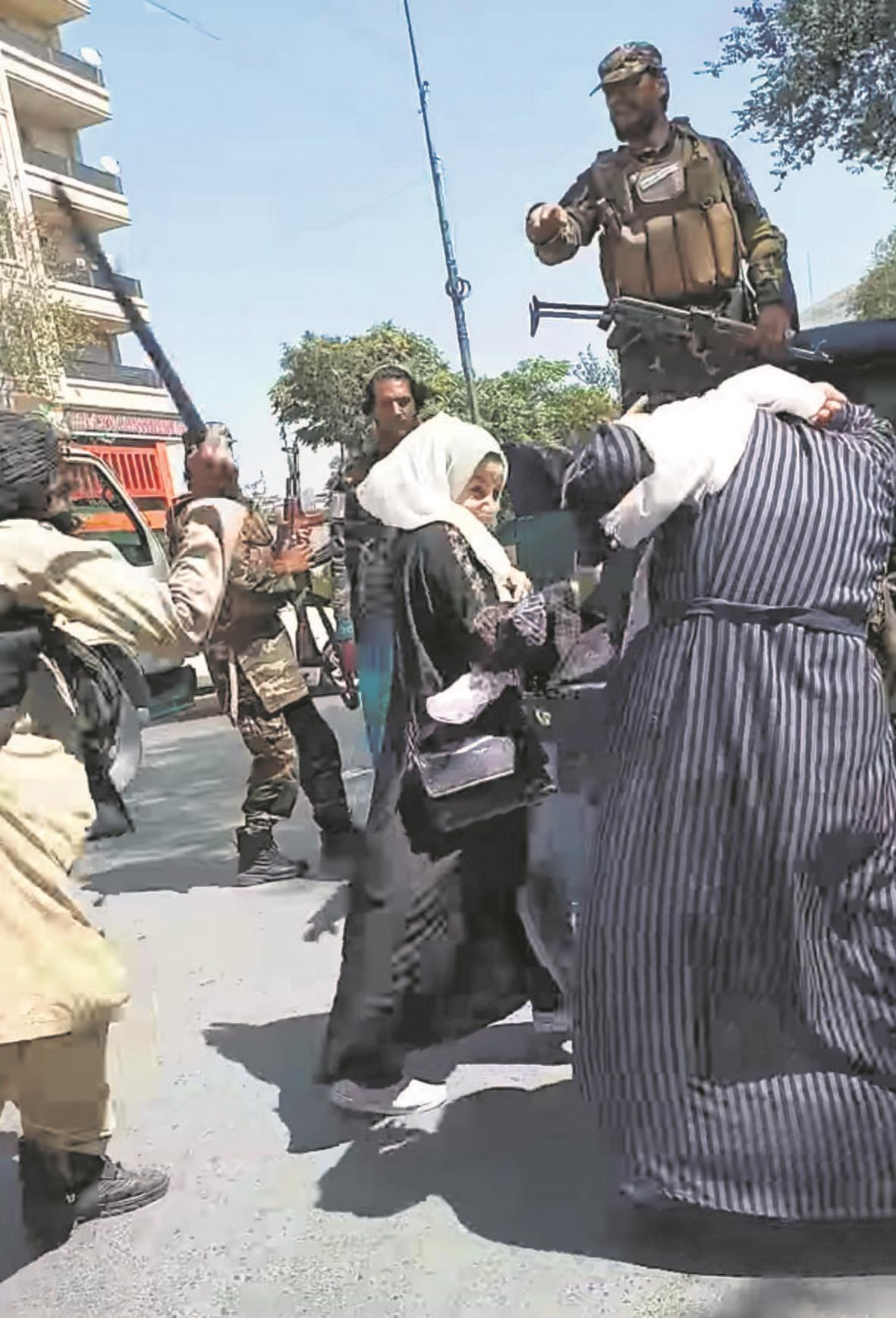 Army colony evictions trigger massive anti-Taliban protest