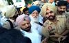 Congress MLA faces fury of farmers in Patiala village