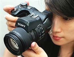 Sony launches 'Alpha ZV-E10' interchangeable-lens camera