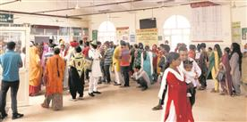 Patients fall prey to touts at Mata Kaushalya Hospital