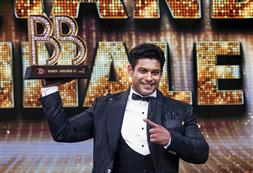 Sidharth Shukla's sudden death leaves all in shock; Kapil Sharma, Sunil Grover among first to react