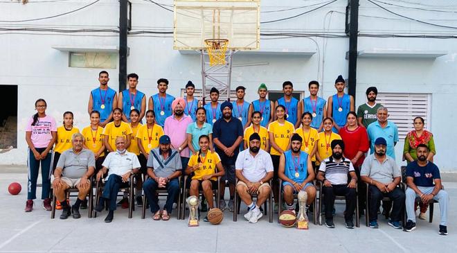 Assn honours Ludhiana Basketball Academy players