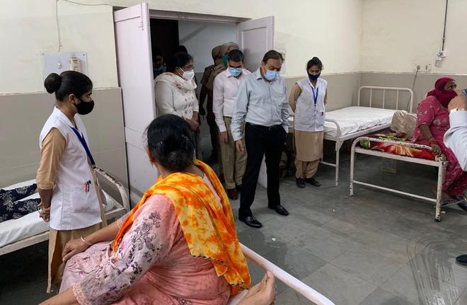 Sangrur: Officials pulled up for poor hygiene in Civil Hospital