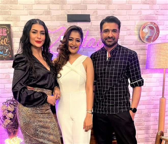 Zindagi Reloaded hosted by Ashna Dhanuka is making headlines for the right reasons!