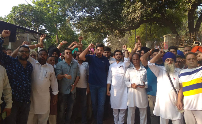 Nawanshahr MLA demands transfer of SSP, holds protest