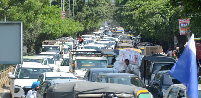 No end to commuters' woes in Jalandhar