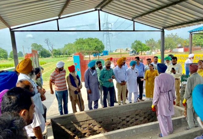Led by Malerkotla DC, 56 panchayats' panches tour Patiala to learn solid waste management