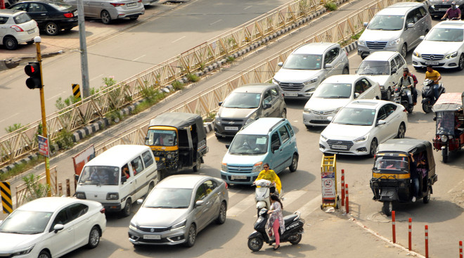 Car-free day: Amritsar neither pedestrian nor cycle-friendly