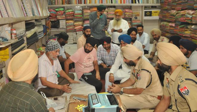 Amritsar shopkeeper robbed of Rs 15 lakh at gunpoint