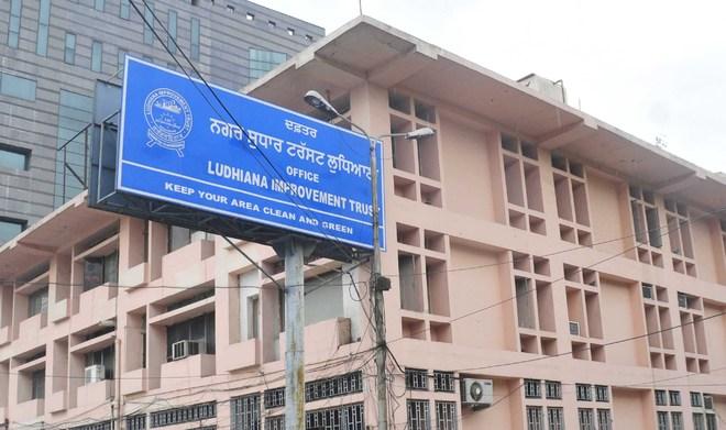 LIT, Ludhiana MC make mockery of e-tendering system