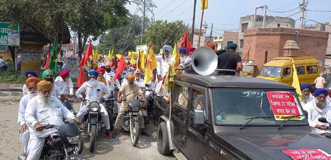 Farmers take out bike rally in Amritsar to gather support for September 27 bandh call