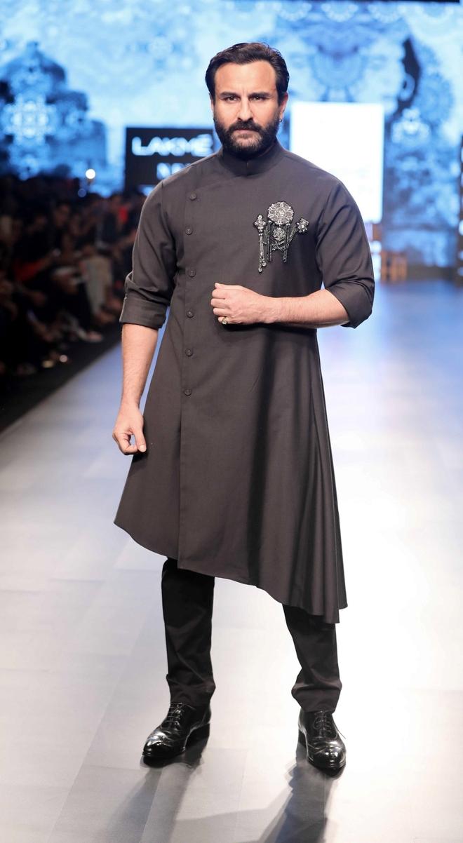 Saif Ali Khan lauds Bhoot Police cast