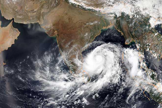 Centre reviews preparedness for cyclonic storm