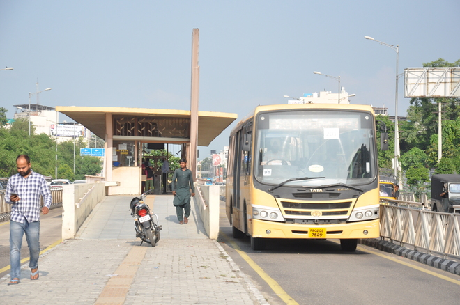 Resume Metro bus from Gheo Mandi to airport, say Amritsar residents