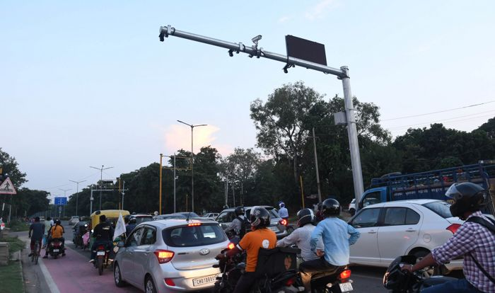 300 CCTV cameras catching you live in Chandigarh, challaning to begin from January