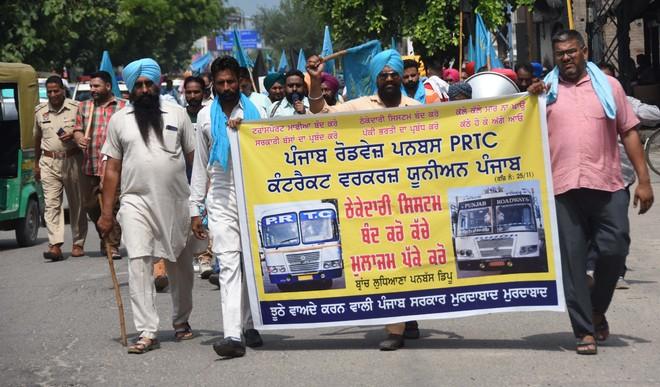 Roadways employees' strike enters eighth day