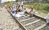 In Punjab, dharnas at 500 sites; unions block 20 railway tracks